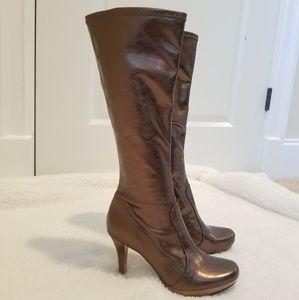 🍂 Super Cute Metallic Boots! 🍂